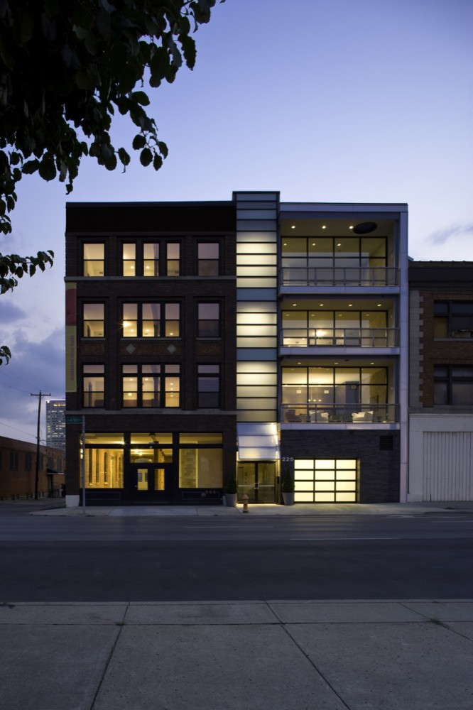 225 North Fourth Lofts / Jonathan Barnes Architecture and Design