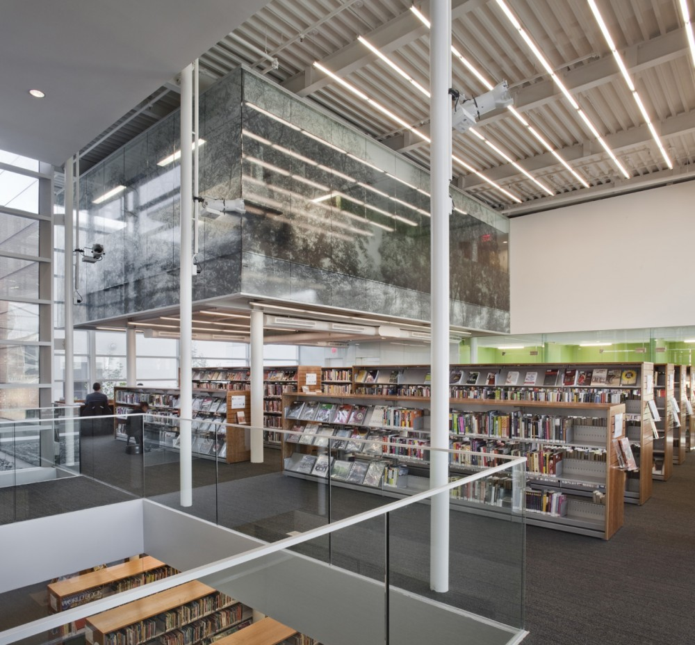 The Bloor/Gladstone Library / RDH Architects