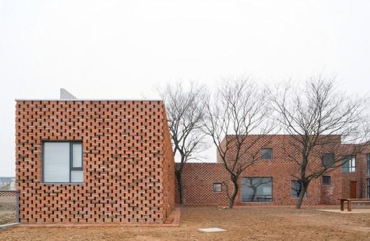 Brick house azl architects archdaily - Casas de ladrillo visto ...