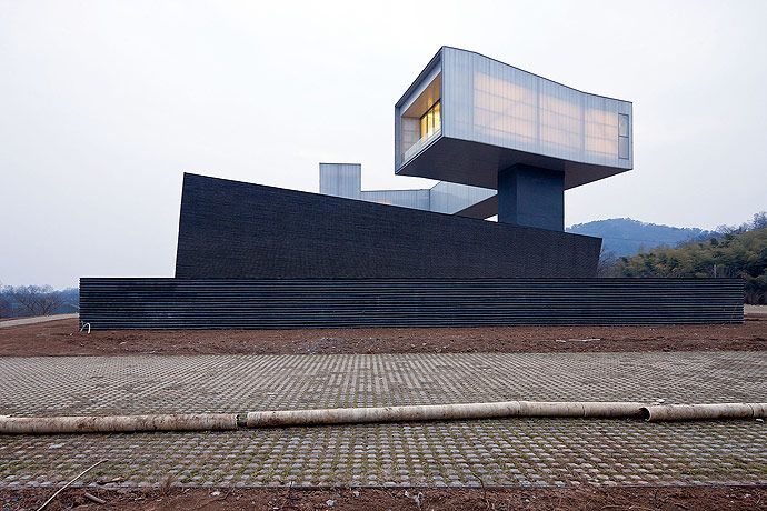 Nanjing Sifang Art Museum, photos by Iwan Baan