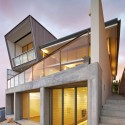Queenscliff House / Utz Sanby Architects  Marian Riabic