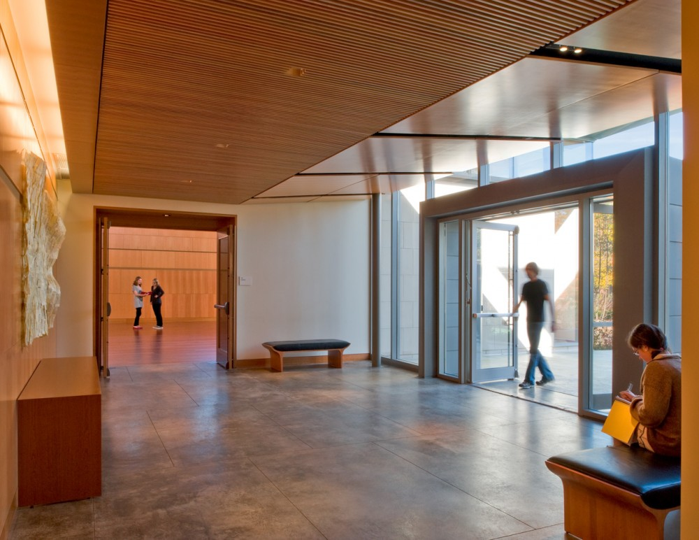 Princeton University Carl A. Fields Center / Ann Beha Architects