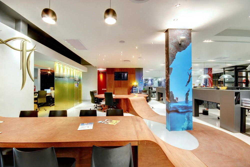 Red Bull's Cape Town Office / COA