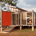 Containers Of Hope / Benjamin Garcia Saxe Architecture  Andres Garcia Lachner