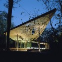 The Ruth Lilly Visitors Pavilion / Marlon Blackwell Architect 01  Timothy Hursley