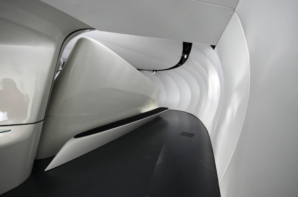 Chanel Mobile Art Pavilion / Zaha Hadid Architects