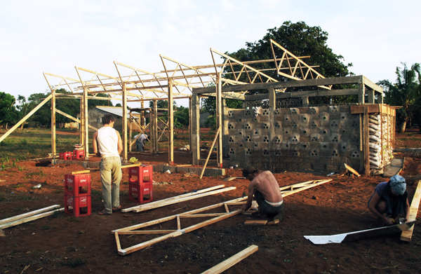 Educational Building In Mozambique / Masterstudents of Bergen School of Architecture