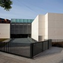 State Reference Center for Mental Care / Pen Architects  Diego Opazo