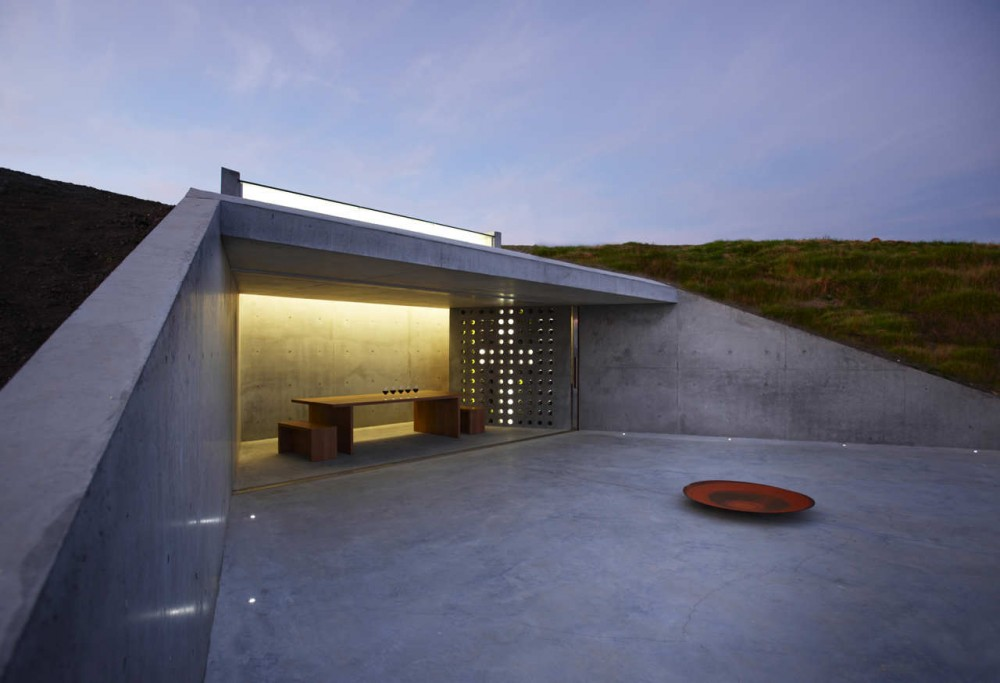Wiroa Station Wine Cellar / MAP Architects