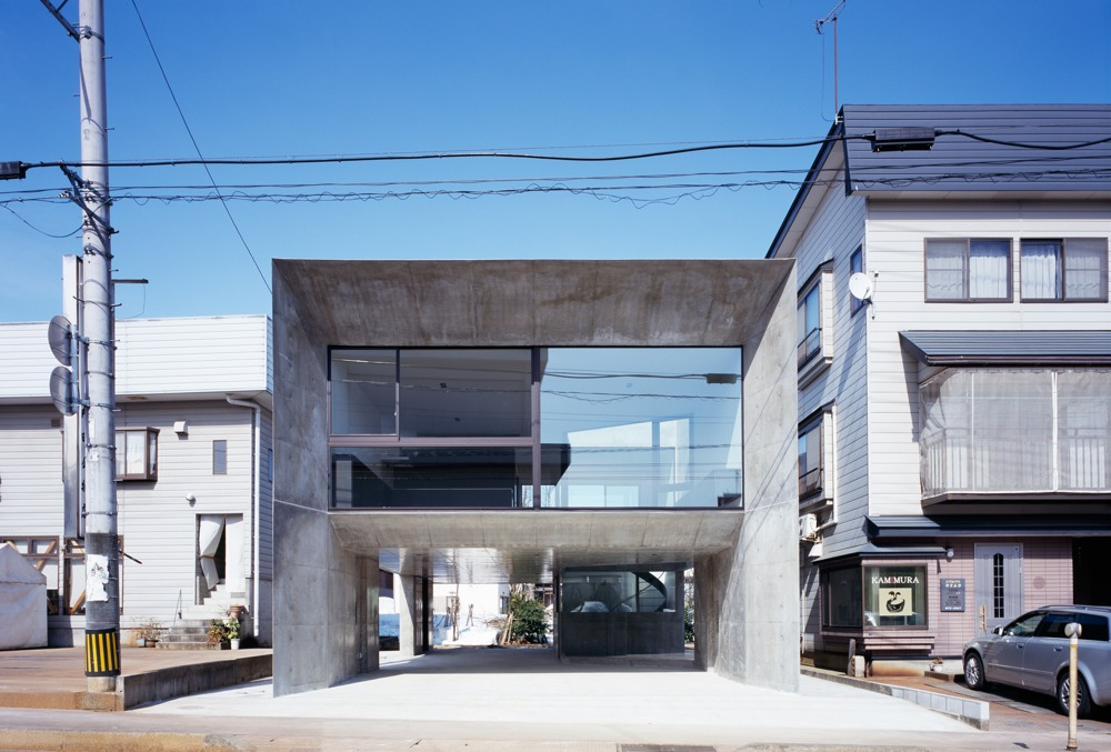 Cadre House / Apollo Architects & Associates