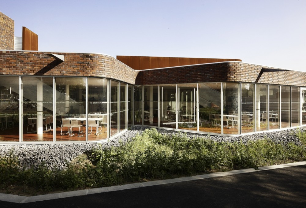 Levi Strauss High School / TANK Architectes © Julien Lanoo