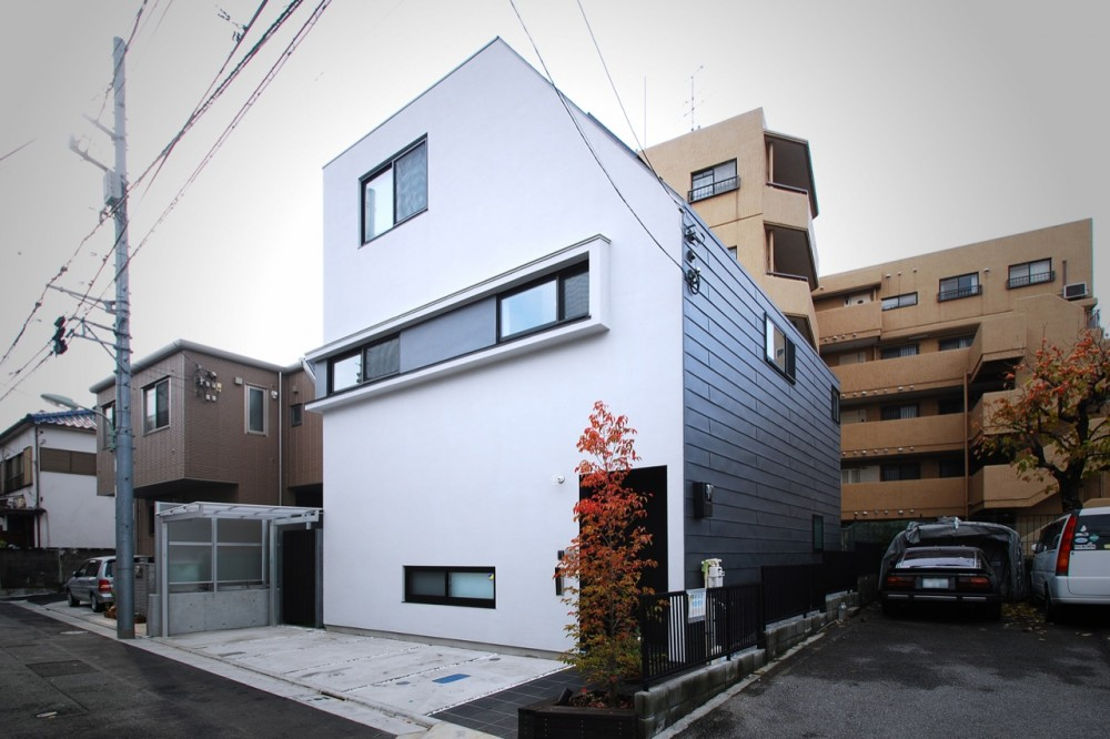 House in Togoshi / LEVEL Architects