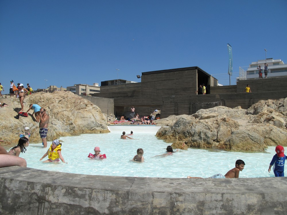 Siza swimming pool for Piscinas oporto