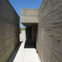 Leça Swimming Pools / Alvaro Siza Photo by Velcro - http://www.flickr.com/photos/7666989@N04/