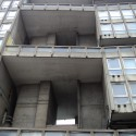 Robin Hood Gardens / Alison and Peter Smithson (9) Photo by Amanda Vincent-Rous - http://www.flickr.com/photos/51746218@N03/