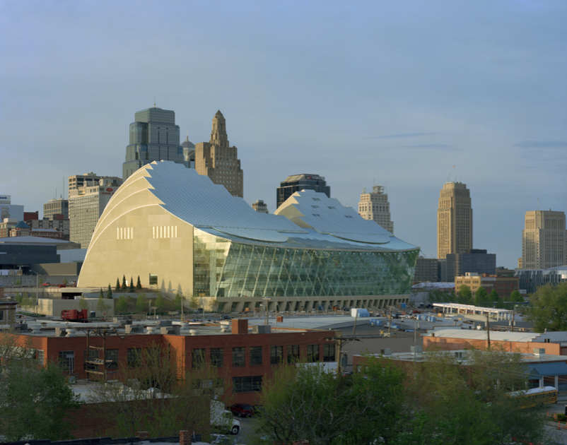 Kauffman Center for the Performing Arts / Moshe Safdie