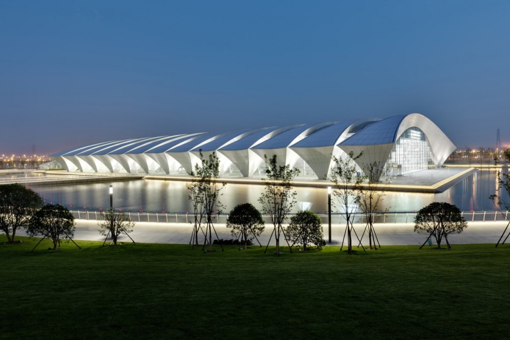Shanghai Oriental Sports Center / gmp architekten
