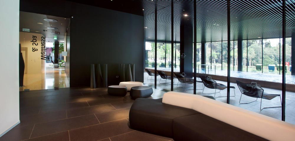 Wellness and Spa Lone / Studio 92