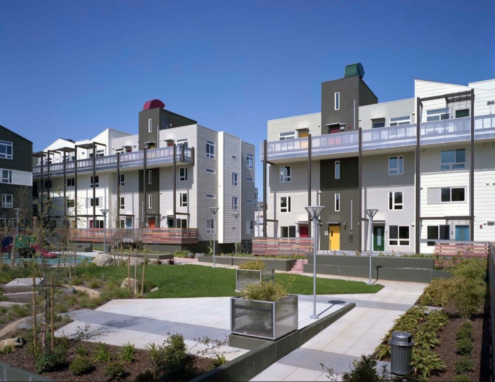 Armstrong Place Senior Housing / David Baker & Partners