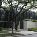 The Museum of Fine Arts Houston / Mies Van der Rohe Photo by yan.da - http://www.flickr.com/photos/darajan/