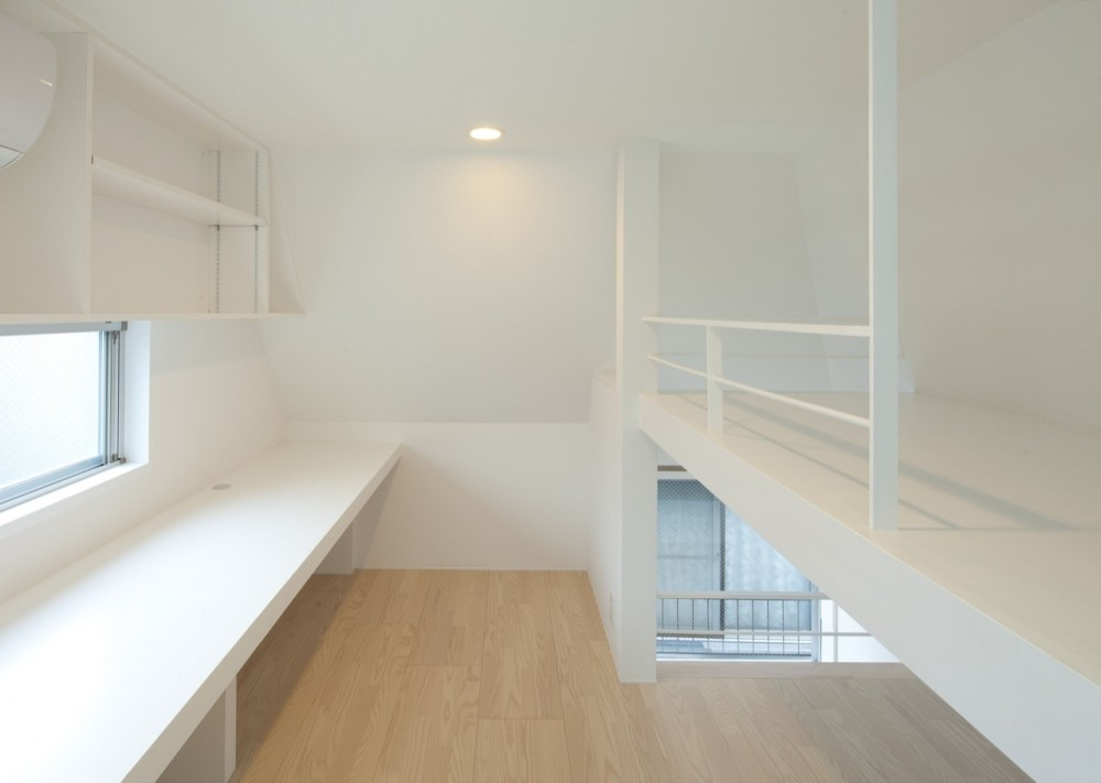 House in Kikuicho / Studio NOA