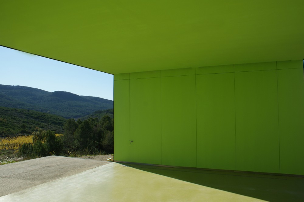 Spring in Pantone 375C, Mas Rodó Winery / SALA FERUSIC Architects (9) © SALA FERUSIC Architects