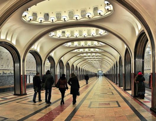 Foto2 sejarah pembangunan kereta bawah tanah Moscow...