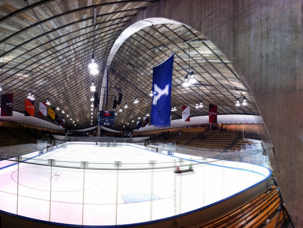 AD Classics: David S. Ingalls Skating Rink / Eero Saarinen
