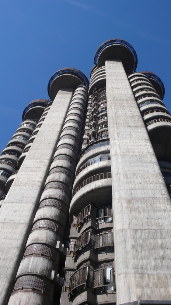 AD Classics: Torre Blancas / Francisco Javier Senz de Oiza