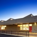 Barcelona Elementary School / Baker Architecture + Design (1) © Richard Nunez