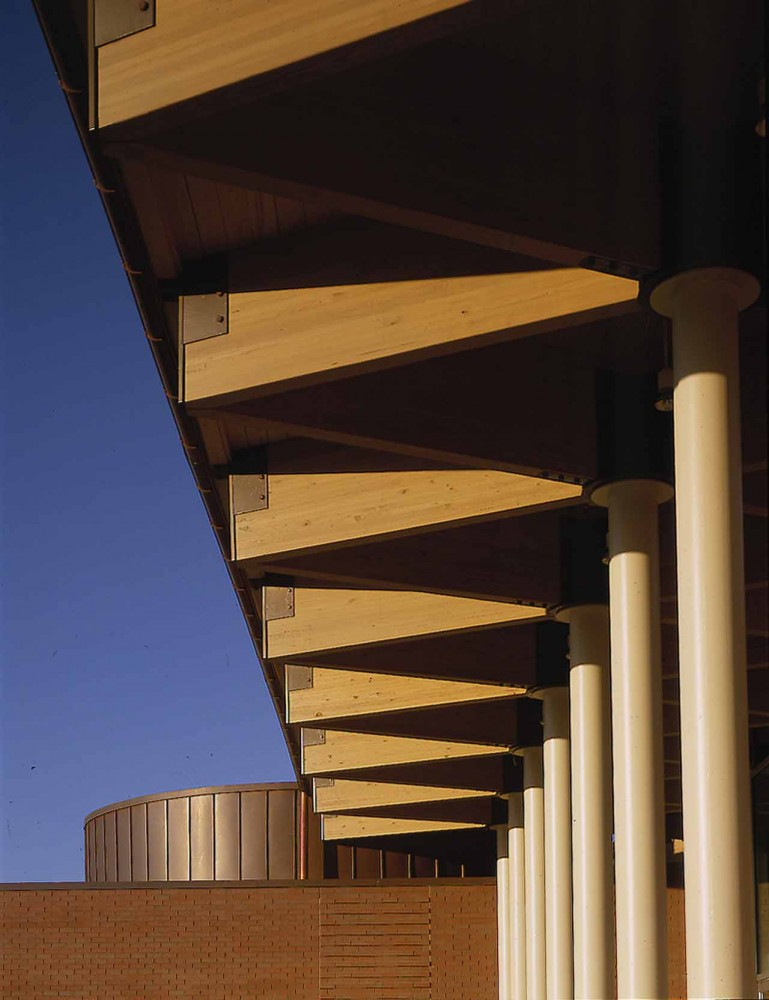St. Elizabeth Ann Seton Catholic Church / Constantine George Pappas AIA Architecture/Planning