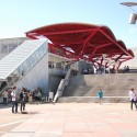 Makuhari Messe / Fumihiko Maki (1) Photo by Chi (Back in Oz) - http://www.flickr.com/photos/chiszeo/