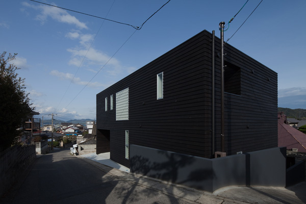 House in Onomichi / Studio NOA
