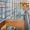 UMass Amherst Integrated Science Center / Payette (11) © Warren Jagger Photography