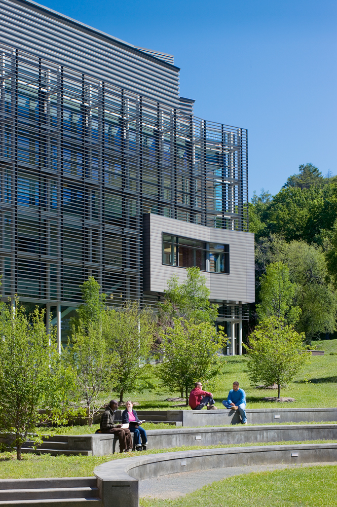 UMass Amherst Integrated Science Building / Payette