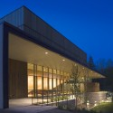 Jackson Hole Center for the Arts Performing Arts Pavilion / Stephen Dynia Architects (7) © Ron Johnson Photography