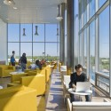 RWU North Campus Residence Hall / Perkins+Will © Anton Grassl/Esto