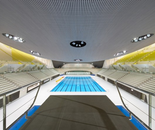 London Aquatics Centre for 2012 Summer Olympics / Zaha Hadid Architects (24) © Hufton + Crow