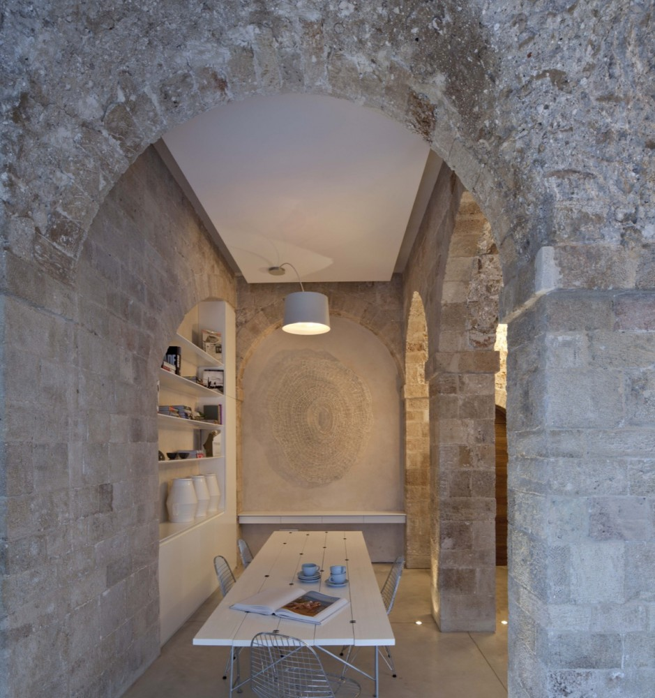 Jaffa Apartment / Pitsou Kedem Architect (13) © Amit Geron