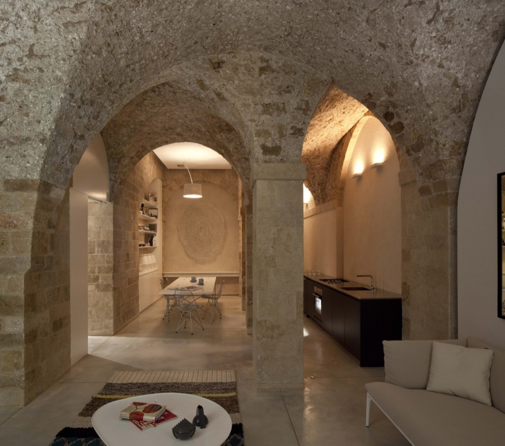 Jaffa Apartment / Pitsou Kedem Architect (12) © Amit Geron
