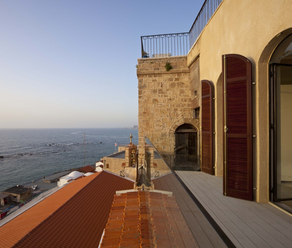 Jaffa Apartment / Pitsou Kedem Architect (6) © Amit Geron