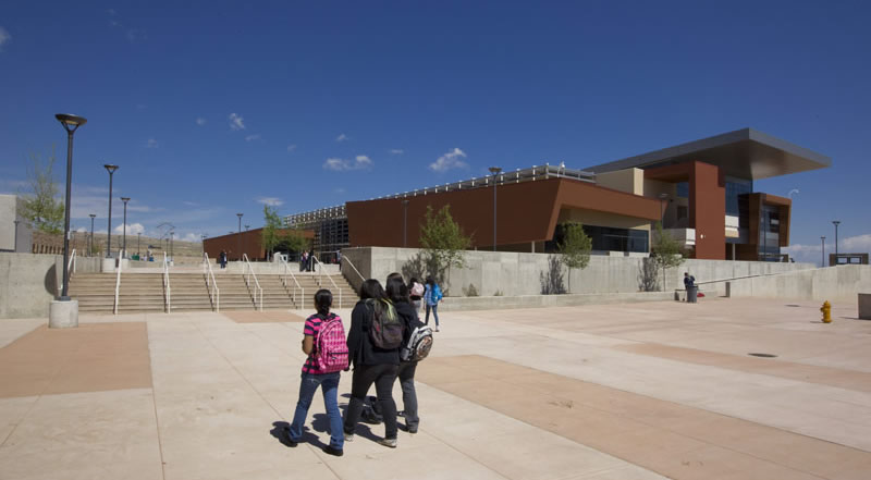 Atrisco Heritage Academy / Perkins+Will and FBT Architects