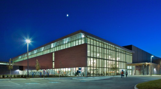 Cassie campbell community centre perkins will archdaily - Campbell community center swimming pool ...