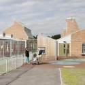 Sandal Magna Community Primary School / Sarah Wigglesworth Architects   (13) © Mark Hadden Photography