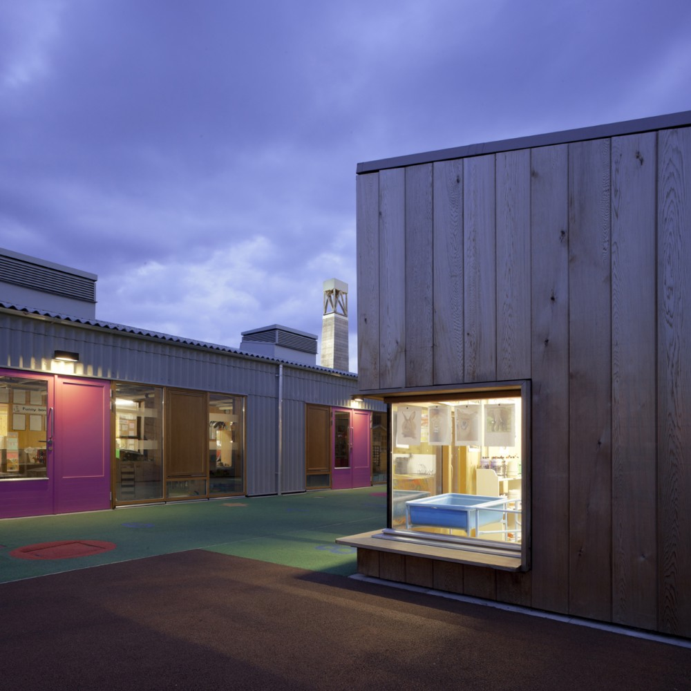 Sandal Magna Community Primary School / Sarah Wigglesworth Architects