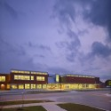 Thomas L. Wells Public School / Baird Sampson Neuert Architects (3)  Tom Arban