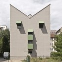 The Kreuzberg Tower / John Hejduk (10) Photo by World-3 - http://www.flickr.com/photos/world3/