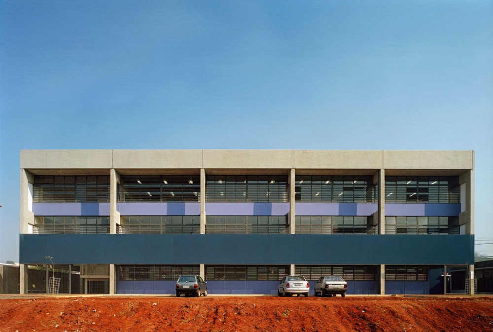 CHB Campinas F1 State School / MMBB Arquitetos