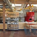 Pitfire Pizza / Bestor Architecture (8) © Ray Katchatorian