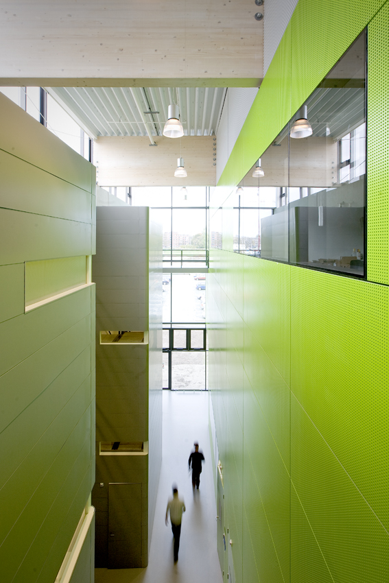 FOM Institute AMOLF / Dick van Gameren architecten